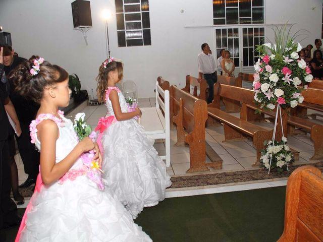 O casamento de RICARDO e ELLEM em Brasília de Minas, Minas Gerais 26