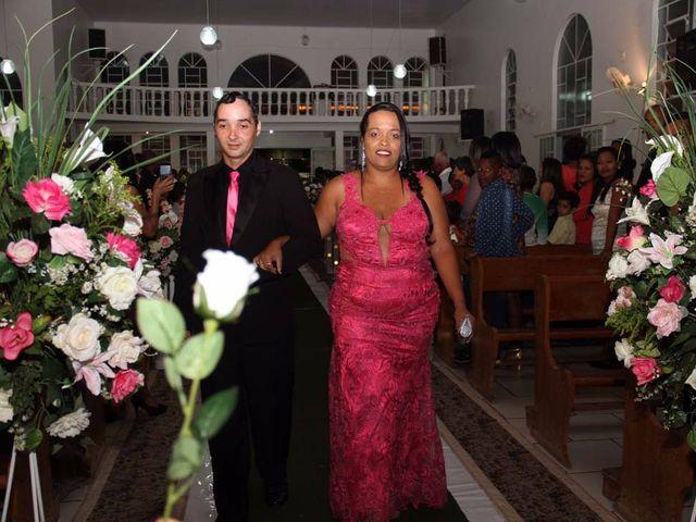 O casamento de RICARDO e ELLEM em Brasília de Minas, Minas Gerais 43