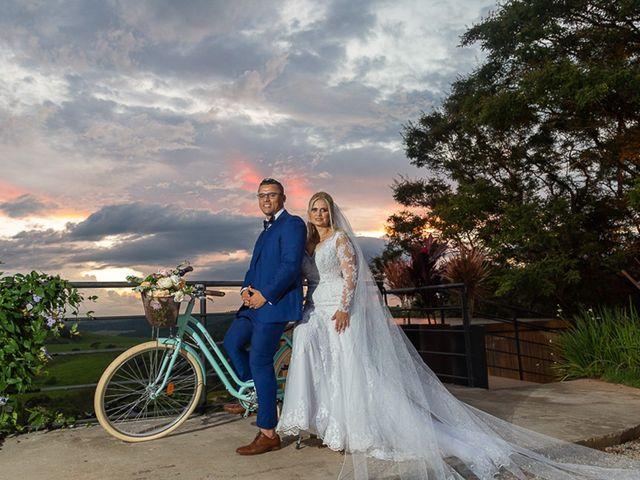 O casamento de Romil e Kike
