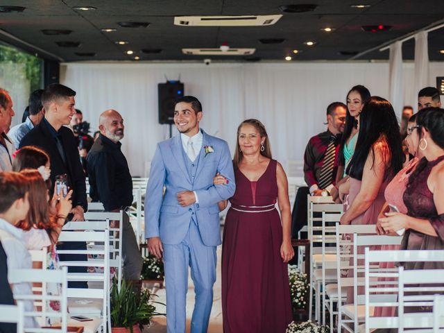 O casamento de Jeferson e Carla em Itapema, Santa Catarina 13
