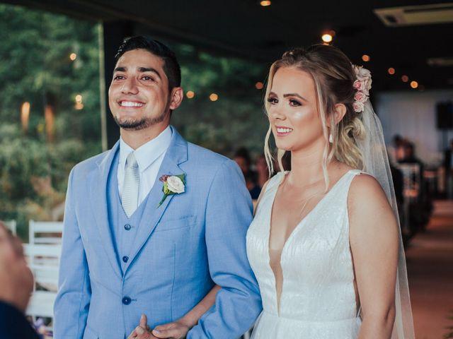O casamento de Jeferson e Carla em Itapema, Santa Catarina 16