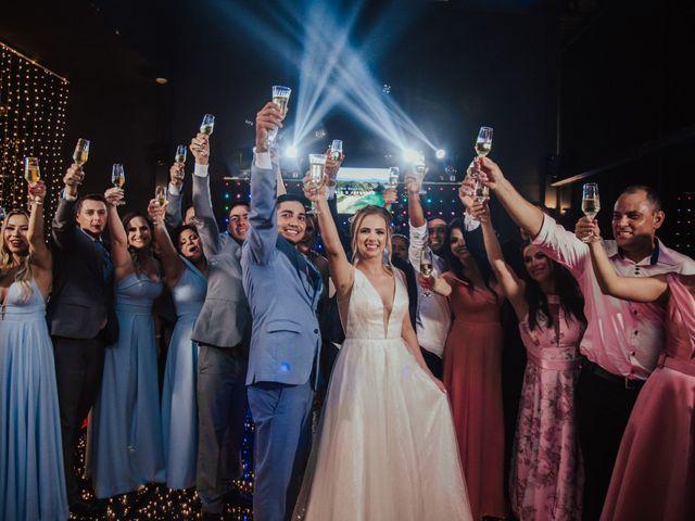 O casamento de Jeferson e Carla em Itapema, Santa Catarina 36