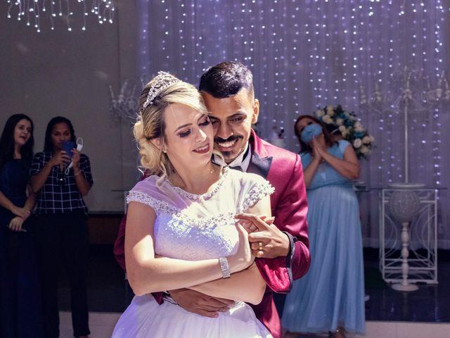 O casamento de Marcus e Karina em Osasco, São Paulo 37