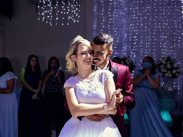 O casamento de Marcus e Karina em Osasco, São Paulo 38