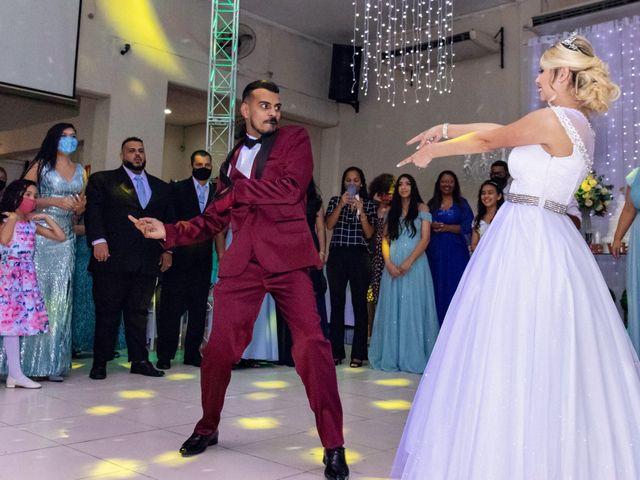 O casamento de Marcus e Karina em Osasco, São Paulo 41