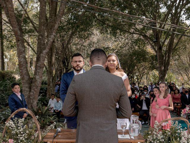 O casamento de Henrique e Beatriz em Itapecerica da Serra, São Paulo 37