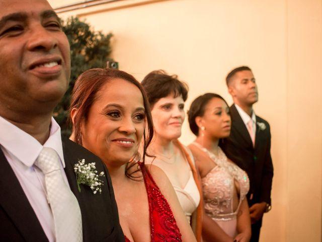 O casamento de Fábio e Carine em Belo Horizonte, Minas Gerais 23