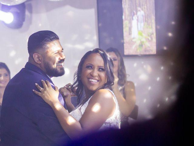 O casamento de Fábio e Carine em Belo Horizonte, Minas Gerais 25