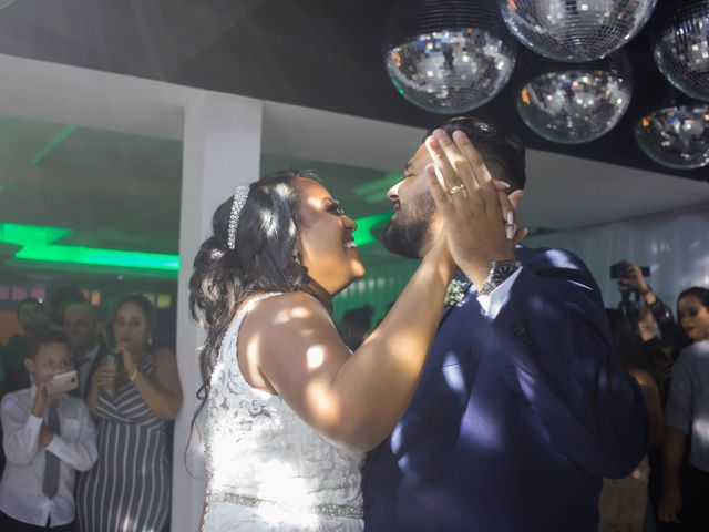 O casamento de Fábio e Carine em Belo Horizonte, Minas Gerais 27