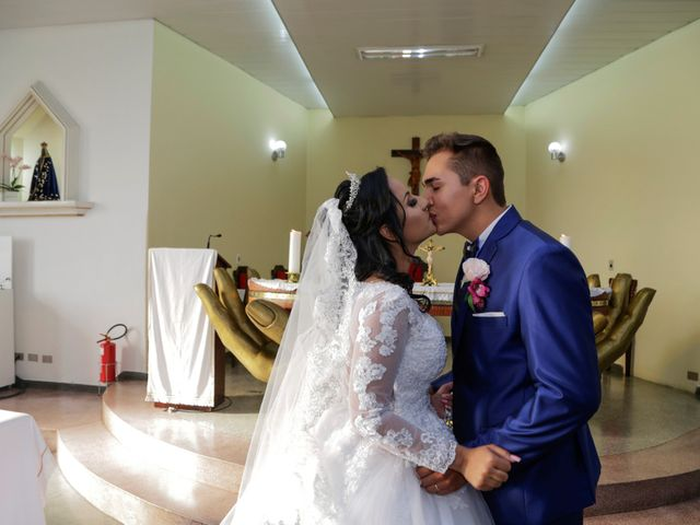 O casamento de Jonhatan e Letícia em Pinhais, Paraná 24
