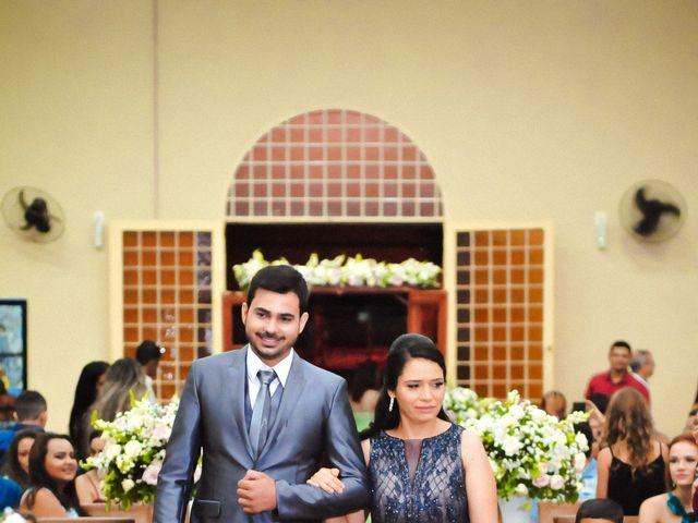 O casamento de Marcos e Tatiana em Aragoiânia, Goiás 14