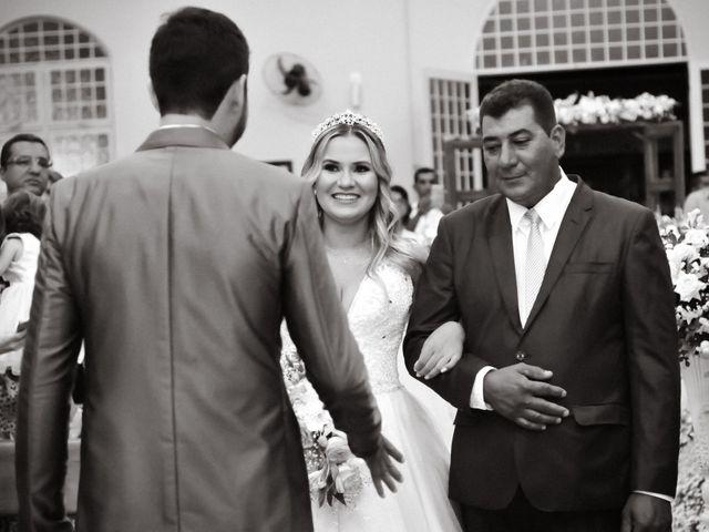 O casamento de Marcos e Tatiana em Aragoiânia, Goiás 17