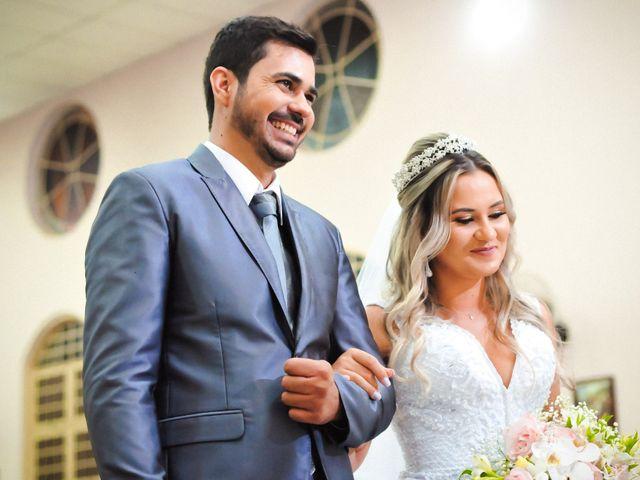 O casamento de Marcos e Tatiana em Aragoiânia, Goiás 23