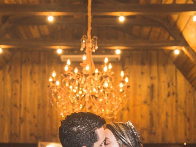 O casamento de Heleno e Elisandra em Caxias do Sul, Rio Grande do Sul 23