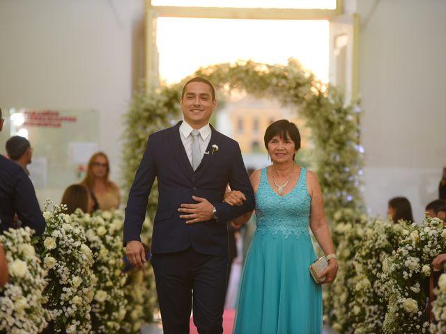 O casamento de João e Daniele em Bom Jardim, Pernambuco 9