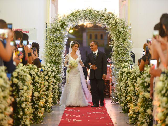 O casamento de João e Daniele em Bom Jardim, Pernambuco 22