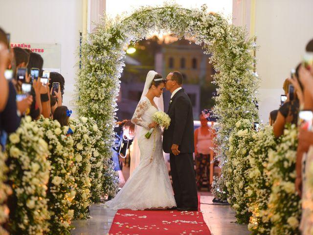 O casamento de João e Daniele em Bom Jardim, Pernambuco 23