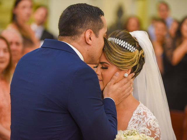 O casamento de João e Daniele em Bom Jardim, Pernambuco 24
