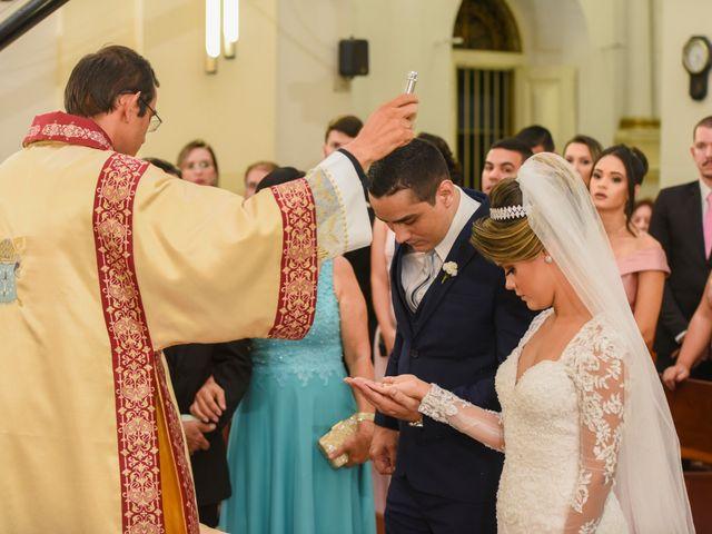 O casamento de João e Daniele em Bom Jardim, Pernambuco 28