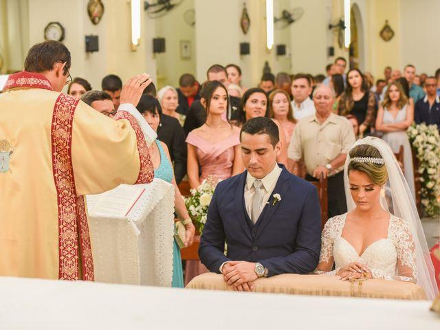 O casamento de João e Daniele em Bom Jardim, Pernambuco 29