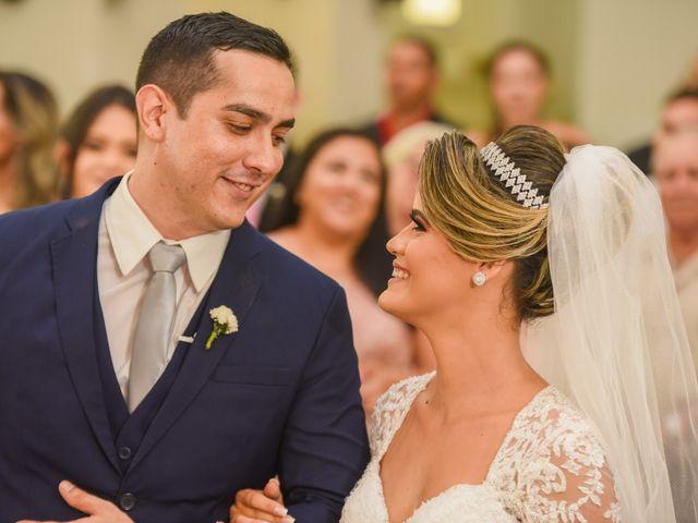 O casamento de João e Daniele em Bom Jardim, Pernambuco 32