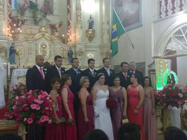 O casamento de Dalmir e Thais em Aracitaba, Minas Gerais 28
