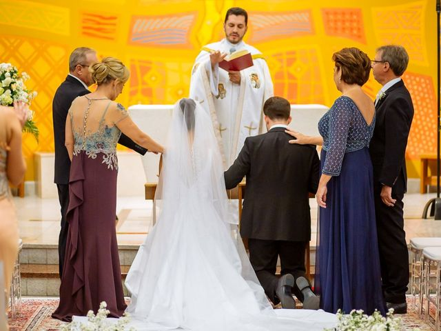 O casamento de Guilherme e Fernanda em Vila Velha, Espírito Santo 25