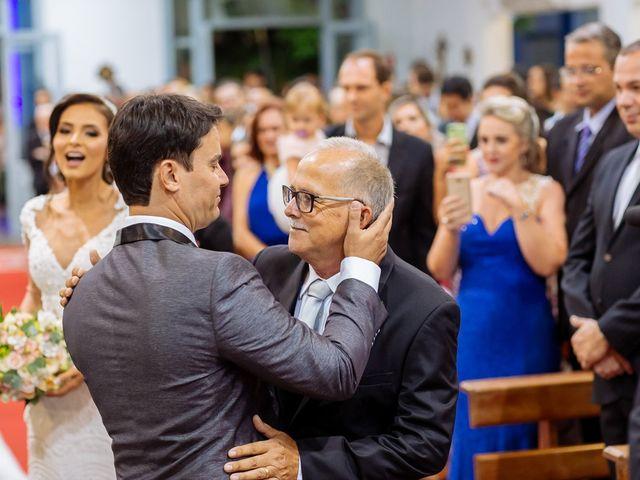 O casamento de Nilton e Carol em Vila Velha, Espírito Santo 22