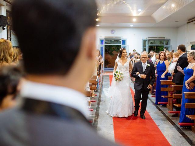 O casamento de Nilton e Carol em Vila Velha, Espírito Santo 27