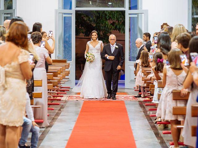 O casamento de Nilton e Carol em Vila Velha, Espírito Santo 28
