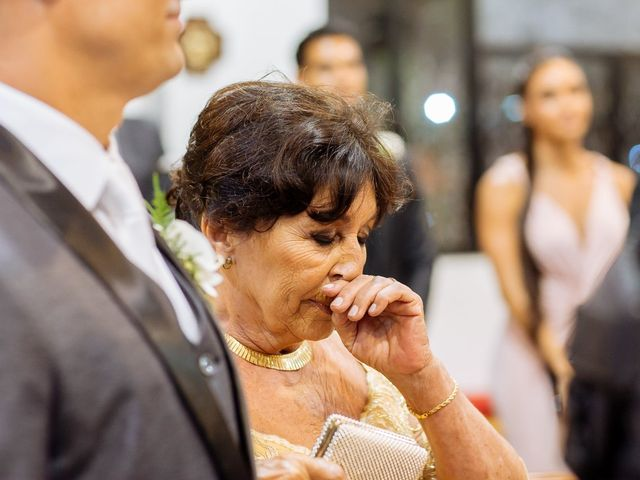 O casamento de Nilton e Carol em Vila Velha, Espírito Santo 29