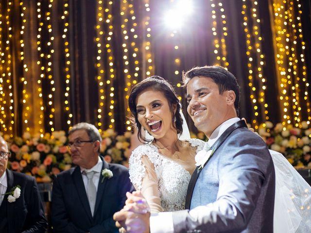 O casamento de Nilton e Carol em Vila Velha, Espírito Santo 44