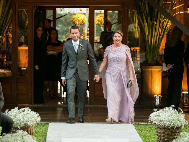 O casamento de Felipe e Deborah em Porto Alegre, Rio Grande do Sul 32