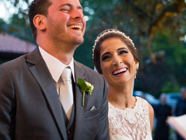 O casamento de Felipe e Deborah em Porto Alegre, Rio Grande do Sul 40