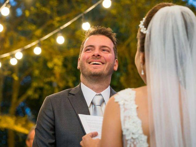 O casamento de Felipe e Deborah em Porto Alegre, Rio Grande do Sul 41
