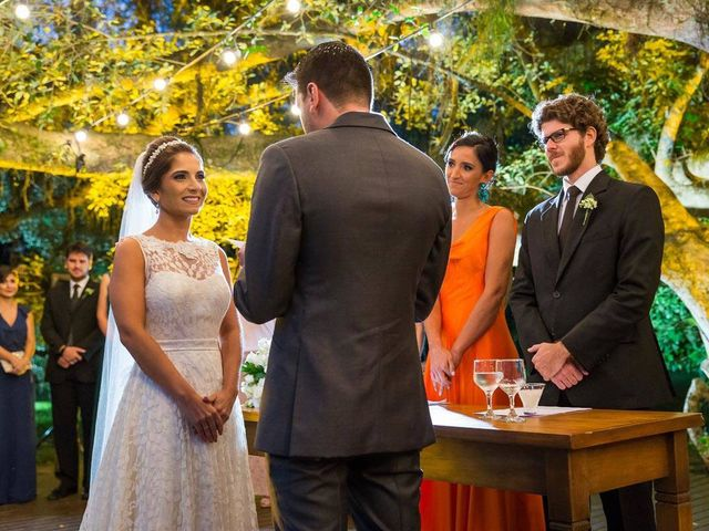 O casamento de Felipe e Deborah em Porto Alegre, Rio Grande do Sul 44