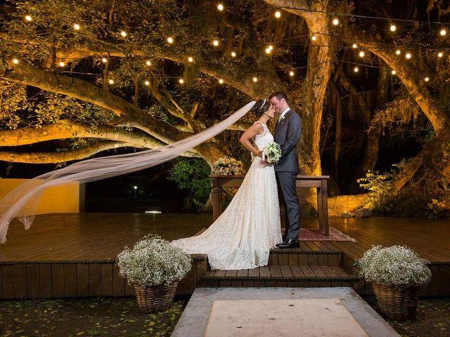 O casamento de Felipe e Deborah em Porto Alegre, Rio Grande do Sul 53