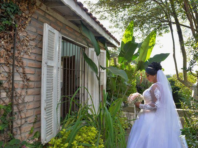 O casamento de Carlos e Amanda em Francisco Morato, São Paulo 6