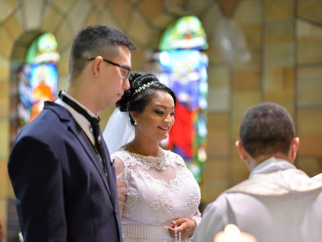 O casamento de Carlos e Amanda em Francisco Morato, São Paulo 10