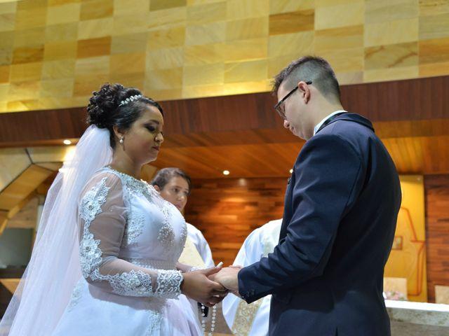 O casamento de Carlos e Amanda em Francisco Morato, São Paulo 11