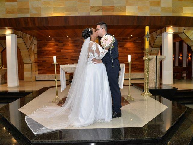 O casamento de Carlos e Amanda em Francisco Morato, São Paulo 12