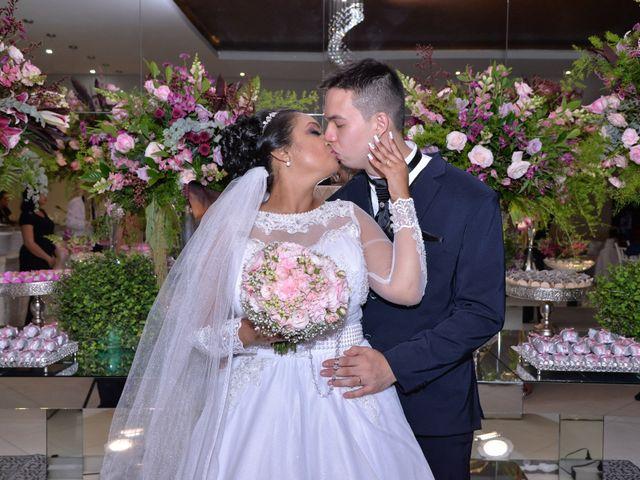 O casamento de Carlos e Amanda em Francisco Morato, São Paulo 16