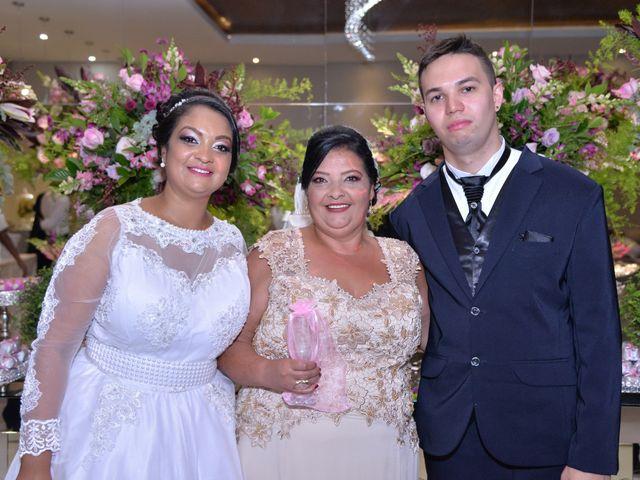 O casamento de Carlos e Amanda em Francisco Morato, São Paulo 20