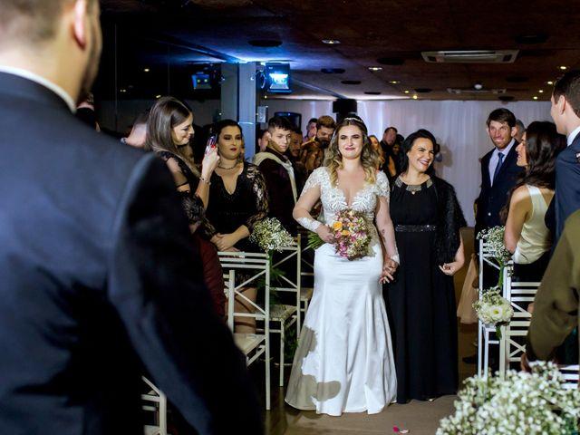 O casamento de Vitor e Amanda em Itapema, Santa Catarina 14
