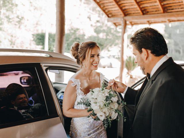 O casamento de Tiago e Joyce em Curitiba, Paraná 37