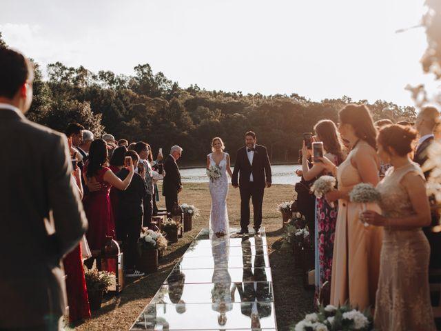 O casamento de Tiago e Joyce em Curitiba, Paraná 40