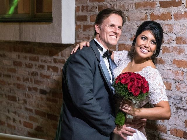 O casamento de Marcelo e Karine em Porto Alegre, Rio Grande do Sul 3
