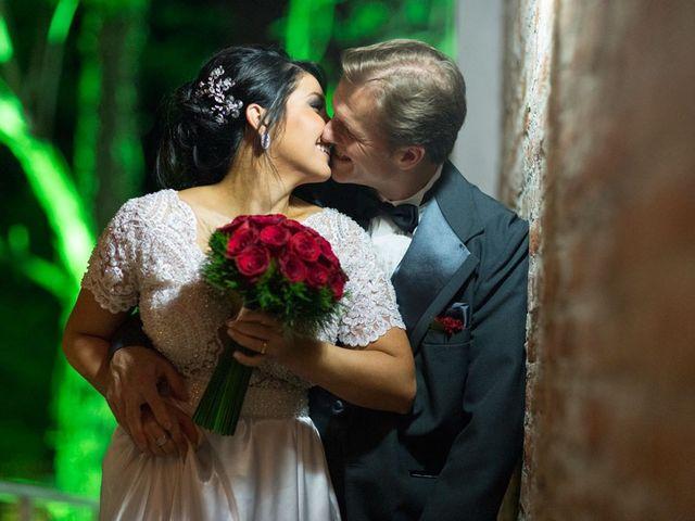 O casamento de Marcelo e Karine em Porto Alegre, Rio Grande do Sul 1