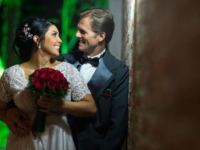 O casamento de Marcelo e Karine em Porto Alegre, Rio Grande do Sul 5
