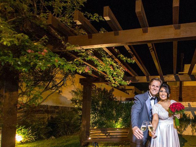 O casamento de Marcelo e Karine em Porto Alegre, Rio Grande do Sul 7